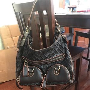 Isabella Fiore Leather Hobo Handbag